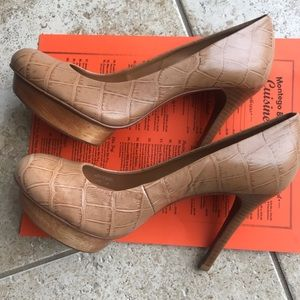 Tory Burch Isabella Stiletto size 8